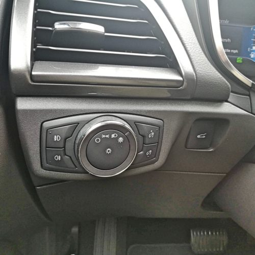 Ford Mondeo Hybrid_44