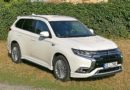 Mitsubishi Outlander PHEV – prostorný a ekonomický elegán