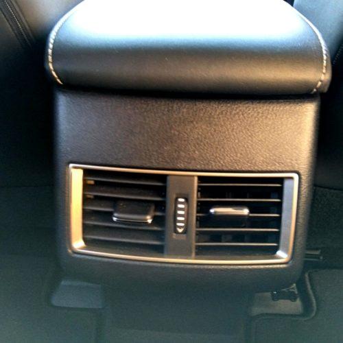 Lexus NX300h_22