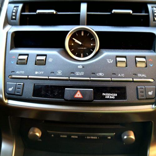 Lexus NX300h_26