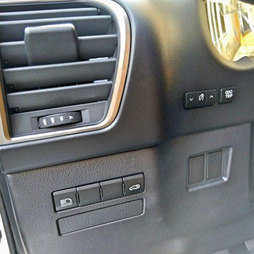 Lexus NX300h_31