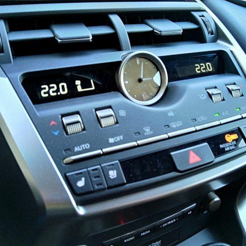 Lexus NX 300h_27