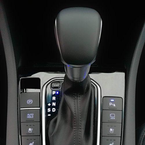 Hyundai Ioniq plug-in hybrid1