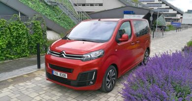 Citroen Spacetourer FEEL XS 2.0 BlueHDi 150 S&S M