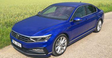 Volkswagen Passat – ikona střední třídy neztrácí dech