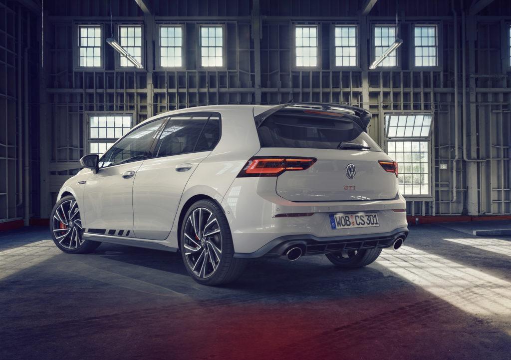 Volkswagen představil ve světové premiéře nový Golf GTI Clubsport s výkonem 300 koní