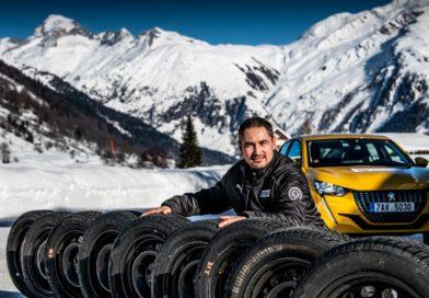 Chystáte se přezout na zimní pneu? Autoklub ČR otestoval, které jsou nejlepší