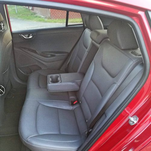 Hyundai Ioniq PHEV_10