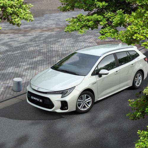 Suzuki Swace_4