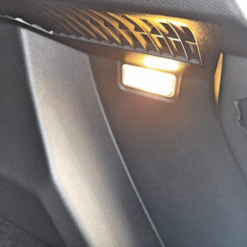 Peugeot 2008 e_33