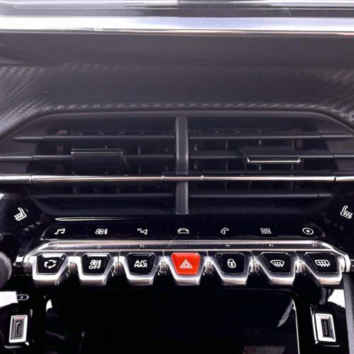 Peugeot 2008 e_37