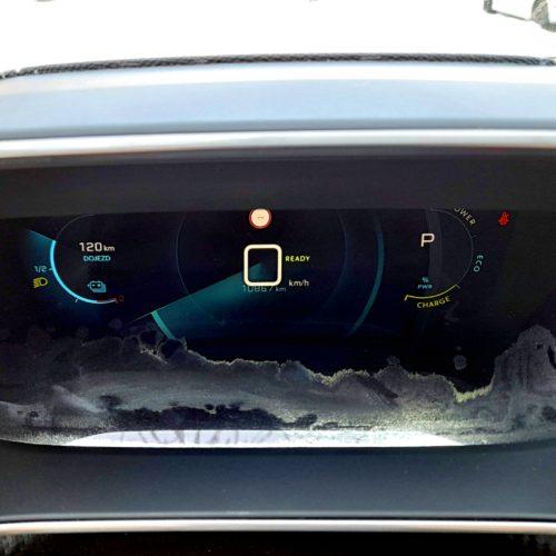 Peugeot 2008 e_4