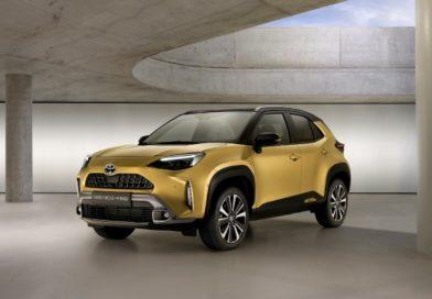 Toyota Yaris Cross se vydala do terénu a na český trh