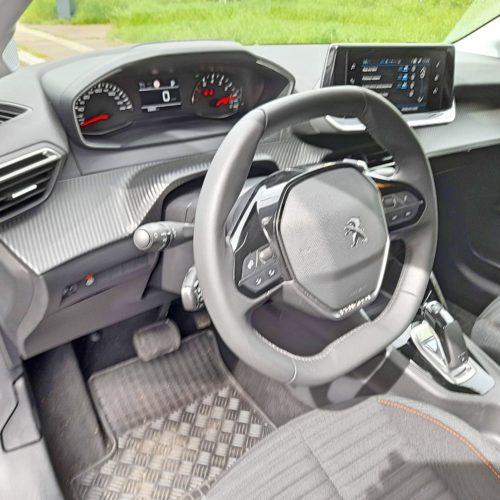 Peugeot 208_24