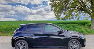 Peugeot 208 ACTIVE PACK 1.2 PureTech 100 S&S EAT8