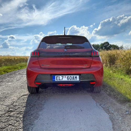 Peugeot e-208 GT_1